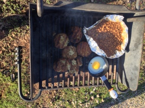 Crabcakes, egg, and baked beans!